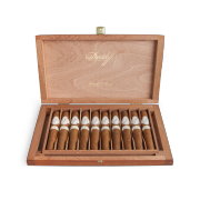 Davidoff Holiday Assortment Royal Robusto, Box of 10
