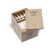 Davidoff Grand Cru Robusto, Box of 25