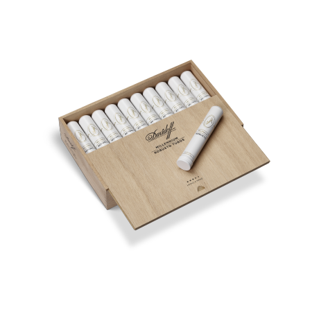 Davidoff Millennium Blend Robusto, Box of 20 Tubos